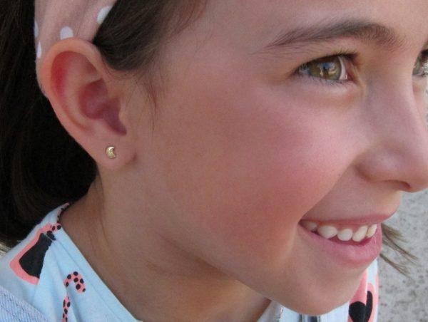 pendientes doble luna oro bebe niña rosca seguridad oreja