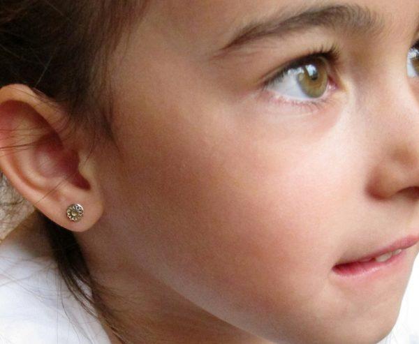 pendientes oro niña bebe rosca no alergia forrados comodos diferentes regalo moda diferente redondo bicolor liso oreja