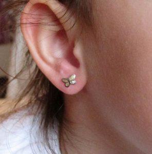 pendientes mariposa oro blanco circonita oro rosca tuerca seguridad bebe niña mujer hipoalergénicos aretes 18k en la oreja