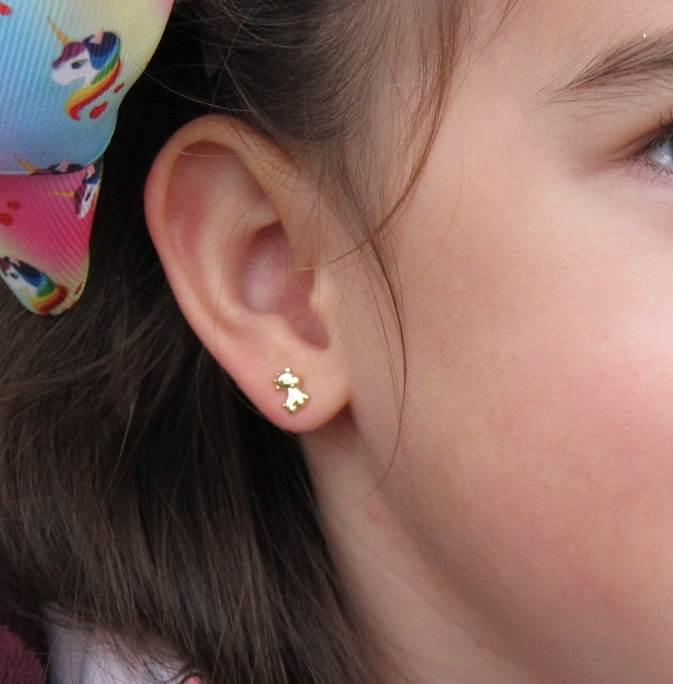 pendientes oro niña bebe rosca no alergia forrados comodos diferentes regalo moda hipoalergénicos jirafa animales lisa en la oreja