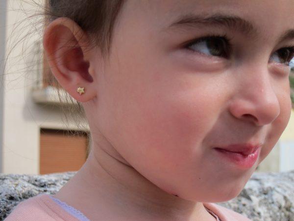 pendientes doble estrella oro bebe niña rosca seguridad oreja