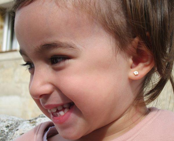 pendientes flor circonita oro niña bebe rosca seguridad oreja