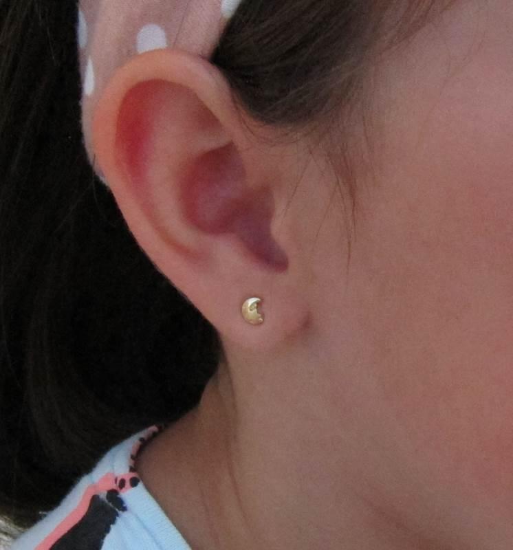 pendientes en la oreja oro luna estrellas 18k recién nacida bebé niña joven pequeña aretes hipoalergénico mocosa