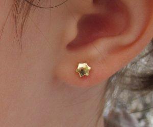 pendientes estrella oro bebe niña rosca tuerca hipoalergénicos seguridad aretes pequeñas 18k en la oreja modelo