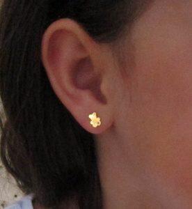 pendientes oro oso circonita niña bebe rosca pequeña mujer seguridad hipoalergénica rosca tuerca en la oreja