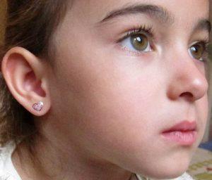 pendientes plata niña bebe rosca hipoalergénicos tuerca aretes en la oreja comodos forrados diferentes regalo moda mocosa corazones esmalte