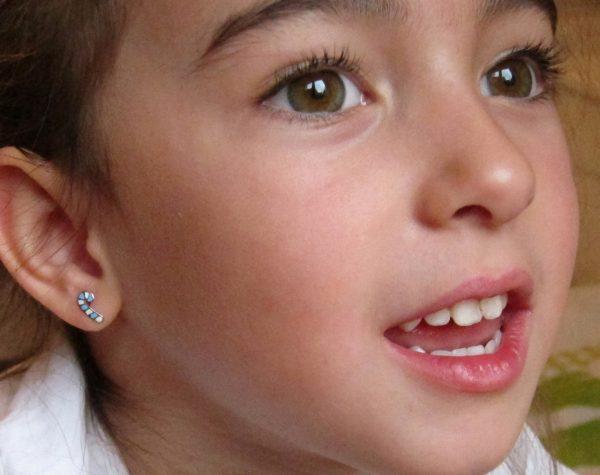 pendientes palito caramelo plata rosca niña bebe seguridad como quedan oreja