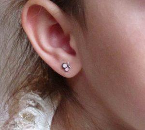 pendientes plata niña bebe rosca forrados diferentes regalo moda mocosa mariposa circonita animales esmalte hipoalergenicos en la oreja