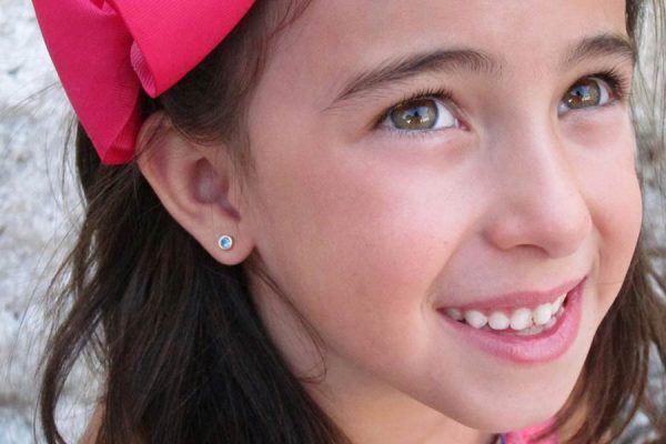 pendientes azul celeste circonita niña mujer bebe regalo rosca oro hipoalergénico tuerca arete en la oreja