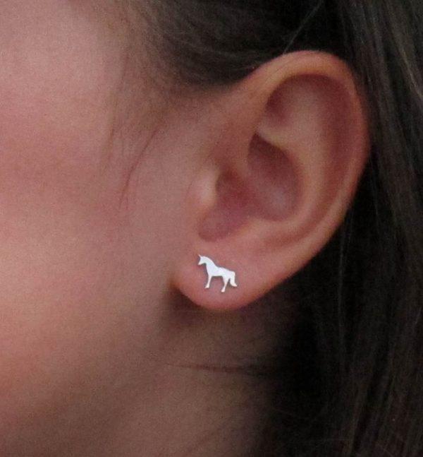 pendientes plata unicornio barato mocosa regalo niña rosca tuerca hipoalergenico aretes en la oreja cerca