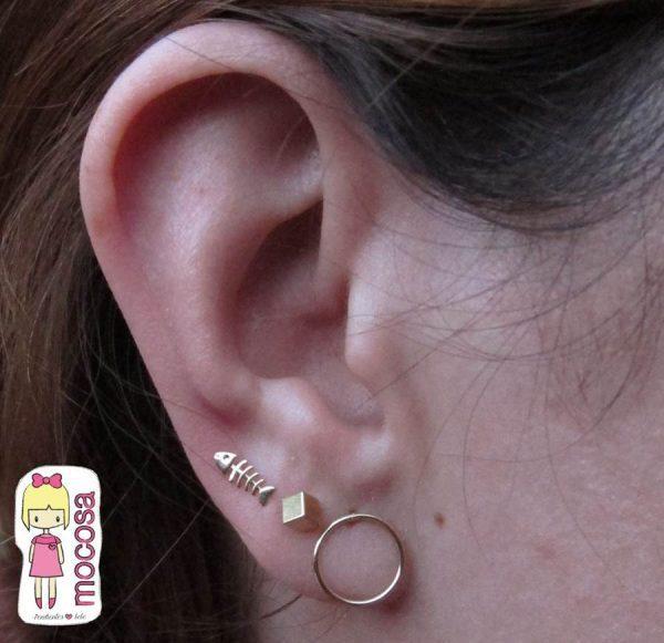 pendientes oro en conjunto raspita cubo aro niña mocosa como quedan en la oreja modelo enredadera