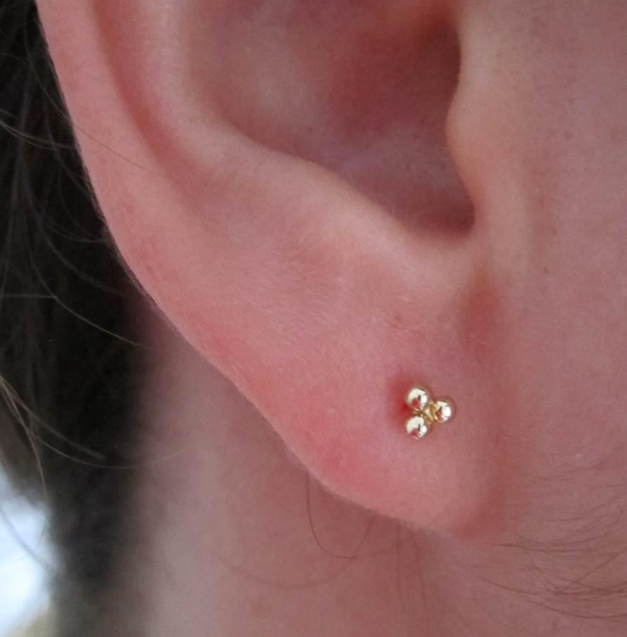 Pendientes tres bolas bolitas oro niña bebé rosca seguridad moda mocosa calidad en la oreja