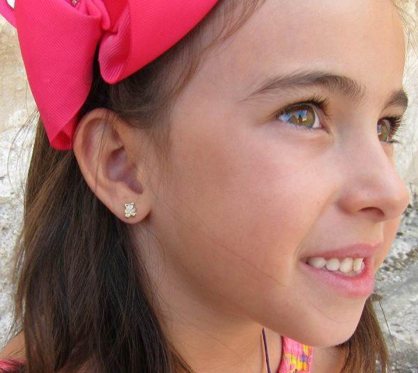 pendientes osito multipiedra oro niña bebe rosca seguridad oreja como quedan puestos en la oreja tuerca calidad